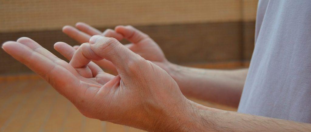 como abrir el chakra del corazon